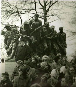 André Kertesz - Veteran's day (1965)