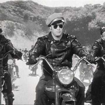 arrivée des motards l'équipée sauvage